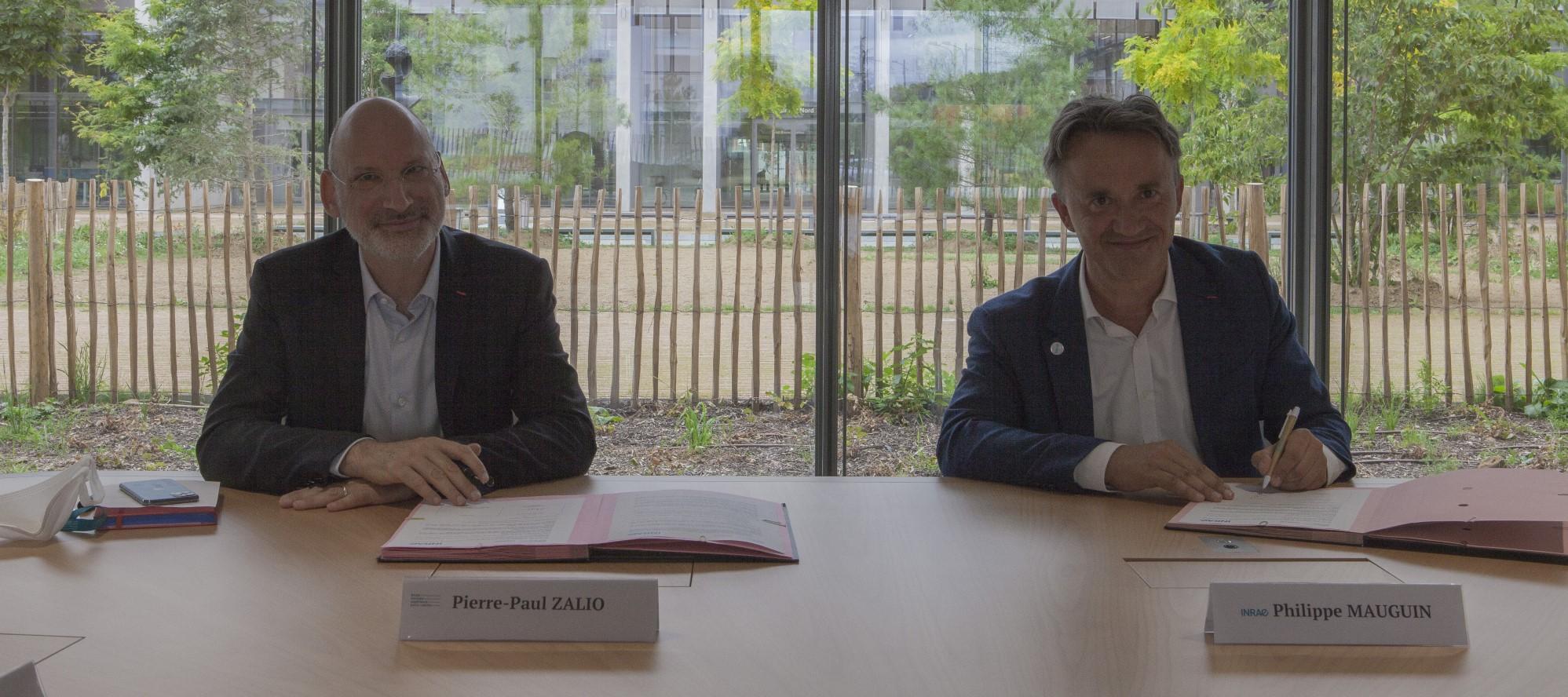 Politique de formation Enseignement supérieur-Recherche :  l'ENS Paris-Saclay et INRAE signent une convention de partenariat
